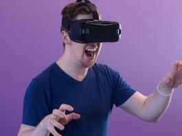 2 Best VR Headset for a Hamlet