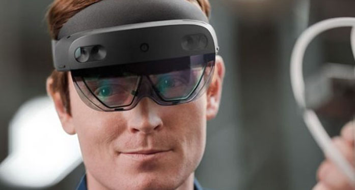 Microsoft HoloLens 2 Development Edition comes with Unity and Azure